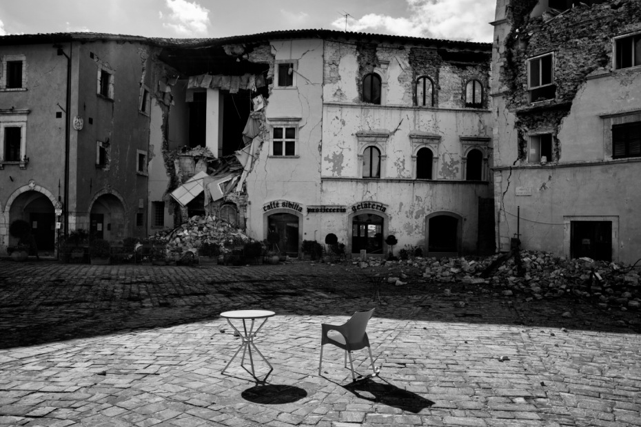 "The Martiri Vissani square, badly damaged by the earthquake. Visso, Italy 2016. © Matteo Bastianelli for ""La Stampa"""