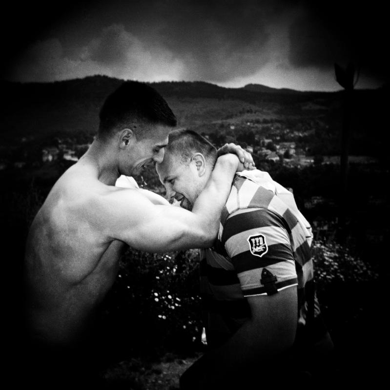 Trial of strength between Tarik and another boy. Sarajevo, Bosnia and Herzegovina, 2010. © Matteo Bastianelli