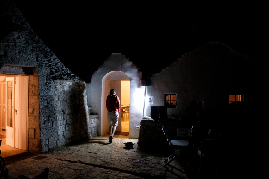The entrepreneur Rachele Invernizzi comes home to her trullo after a day's work. Martina Franca (Taranto), Italy 2016. © Matteo Bastianelli